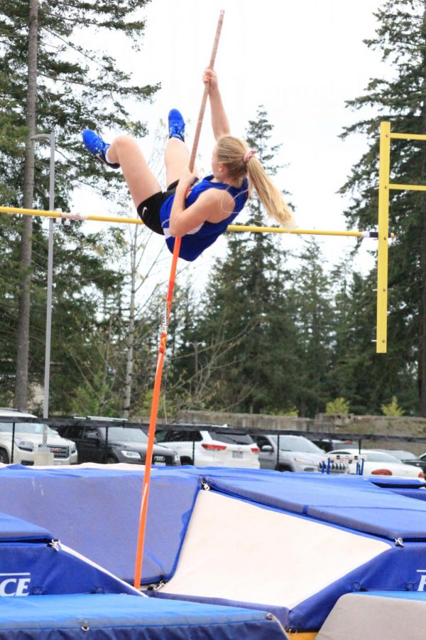 Get to Know Some of Tahoma's Pole Vault Jumpers