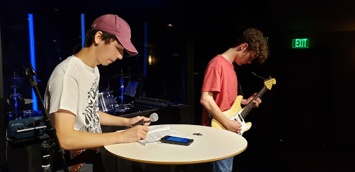Hey Turtle: Tahoma's Token Indie Band